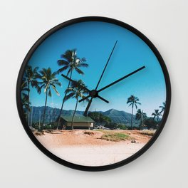 Easy Island Living Wall Clock