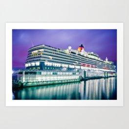 Cunard Queen Elizabeth Art Print
