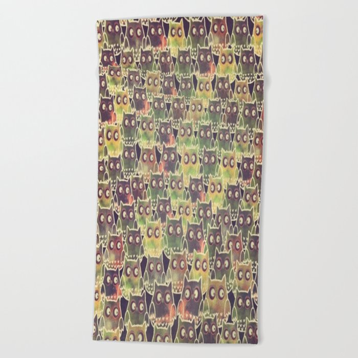 owl-83 Beach Towel