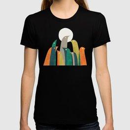 Wild birds at the beach T-shirt