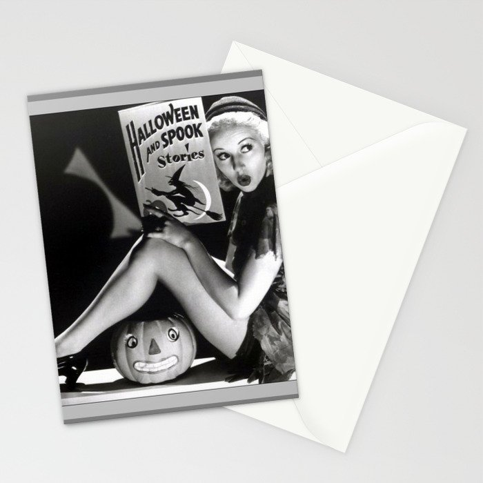 blackandwhitevintagehalloweenpinupgirl Stationery Cards