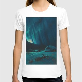 Northern Lights - Aurora Borealis Snowy Night Winter Scene by Sydney Lawrence T-shirt