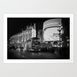 London bus Piccadilly circus Art Print