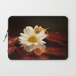Baby Snail on a flower in the water  Laptop Sleeve