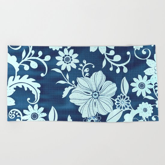 Flower time Beach Towel
