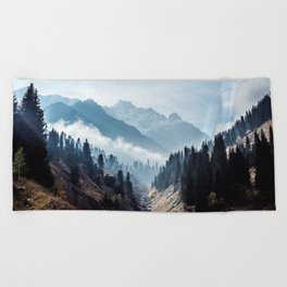 VALLEY - MOUNTAINS - TREES - RIVER - PHOTOGRAPHY - LANDSCAPE Beach Towel