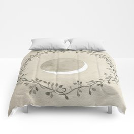 Crescent and Wreath Comforters