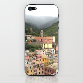 vernazza panorama, cinque terre, italy. iPhone Skin