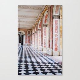 le couloir rose Canvas Print