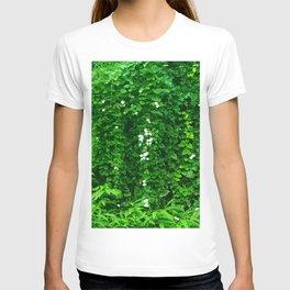 Tropical Hawaiian Rainforest Jungle Vines After a Downpour T-shirt