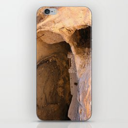 Ancient Pueblo - Gila Cliff Dwellings iPhone Skin