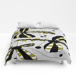 FLOWERY LOUISE / ORIGINAL DANISH DESIGN bykazandholly Comforters