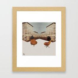La conversation Framed Art Print