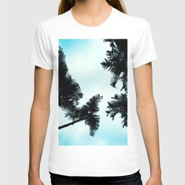 Turquoise Fun - nature photography T-shirt