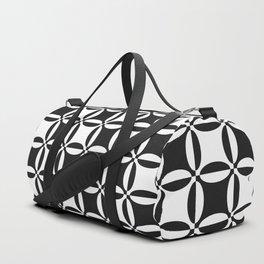 Geometry illusion in black Duffle Bag