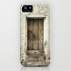 Retro door in mountains village iPhone SE Slim Case