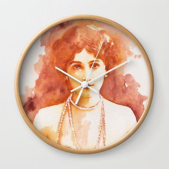 Perls Wall Clock