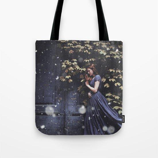 Snowing Tote Bag