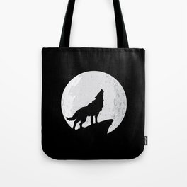 Wolf Howling To the Moon Tote Bag