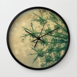 Queen anne's lace 01 Wall Clock