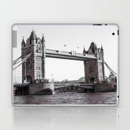 London Bridge Black & White Laptop & iPad Skin