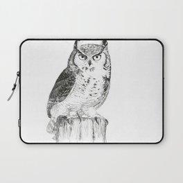 My great horned owl: Nuit Laptop Sleeve