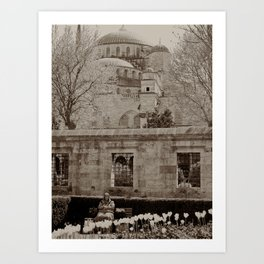 """Old lady outside Sultan Ahmed Mosque (""""Blue Mosque"""", Istanbul, TURKEY) Art Print"""