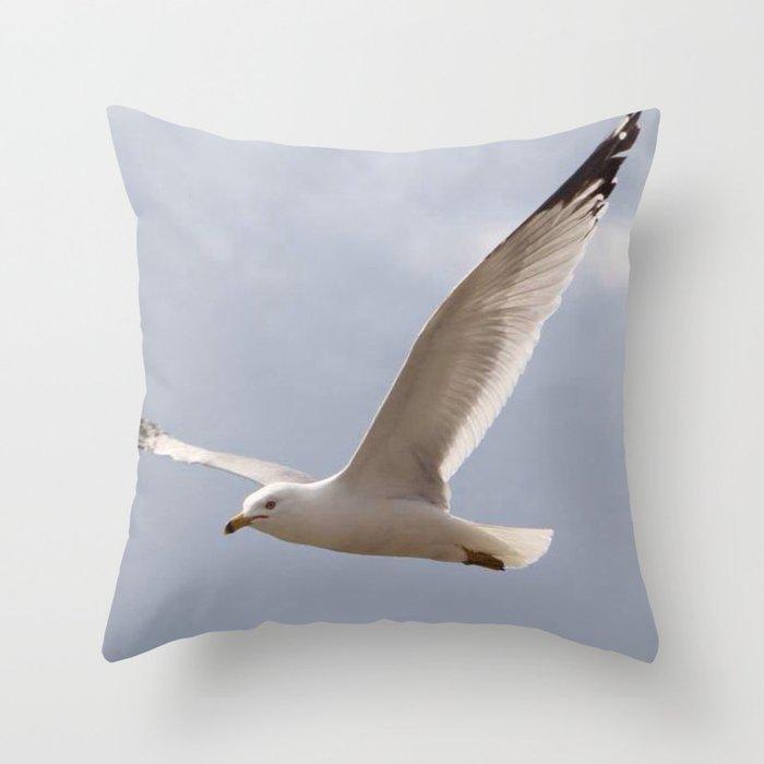 Flying Seagull Deko-Kissen