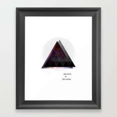 Des Mots et Des Lignes Framed Art Print