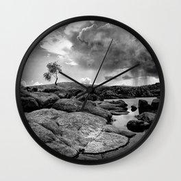 Loner. Wall Clock