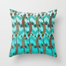 gecko chevron Throw Pillow