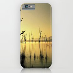 The Golden Lake Slim Case iPhone 6s