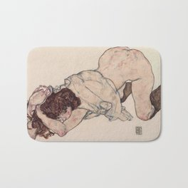 KNEELING GIRL, RESTING ON BOTH ELBOWS - EGON SCHIELE Bath Mat