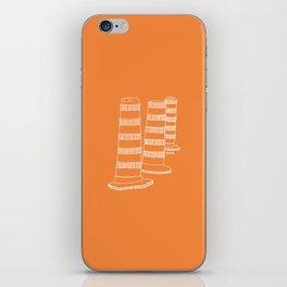 Montreal - Cones oranges - White iPhone Skin