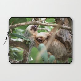 Yawning Baby Sloth - Cahuita Costa Rica Laptop Sleeve