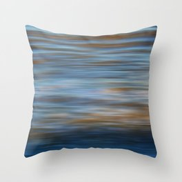 Ripples in water natural pattern Throw Pillow