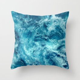 Ocean is shaking Throw Pillow