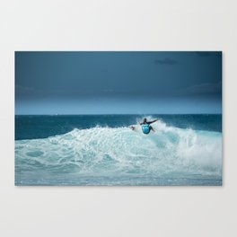 Kelly Slater at pipemasters 2013, hawaii Canvas Print