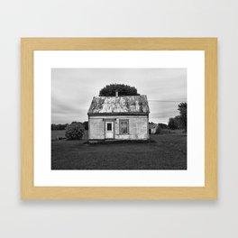 La cabane Framed Art Print