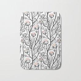 Winter flowers black/pink Bath Mat