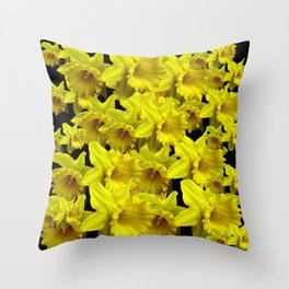 YELLOW SPRING KING ALFRED DAFFODILS ON BLACK Throw Pillow