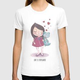 Love is everywhere T-shirt