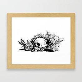 Hamlet Skull Framed Art Print