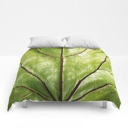 GREEN ORGANIC LEAF WITH VEINS DESIGN ART Comforters