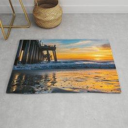 Wet Sand Island Sunset Rug