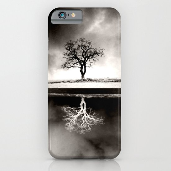 SOLITARY REFLECTION iPhone & iPod Case