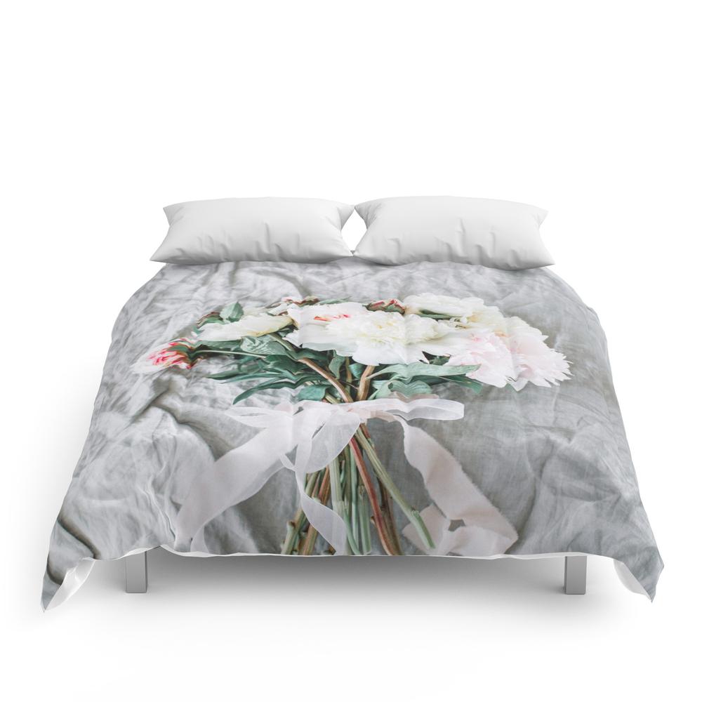 Wedding_Background_05_Comforter