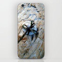 Seashell Present iPhone Skin