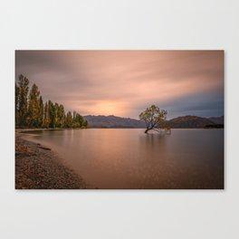 WANAKA TREE AUTUMN SUNSET - NEW ZEALAND - LANDSCAPE NATURE PHOTOGRAPHY Canvas Print