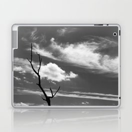 Black and white dead tree and sky with wispy clouds Laptop & iPad Skin